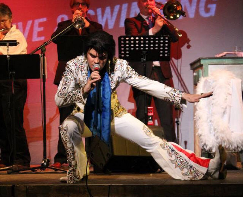 Top 10 Elvis Tribute Acts in the UK