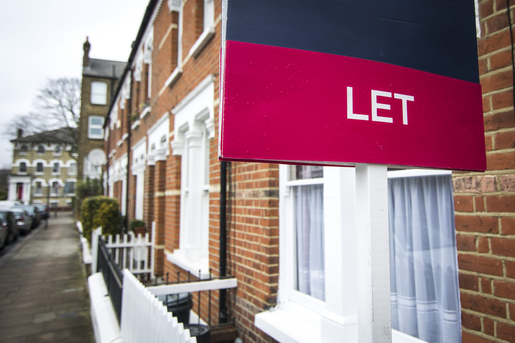 Essential tips for letting your property in the UK