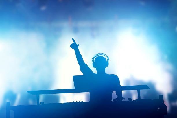 How To Become A DJ: A Guide For Beginners