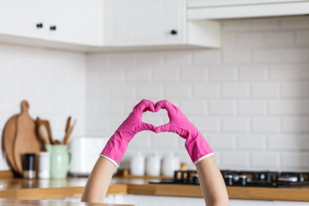 Must-Have Cleaning Products For A Sparkling Home